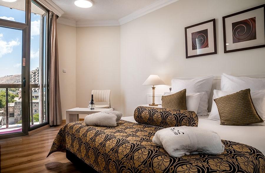Кейсар Тверия отель - Люкс